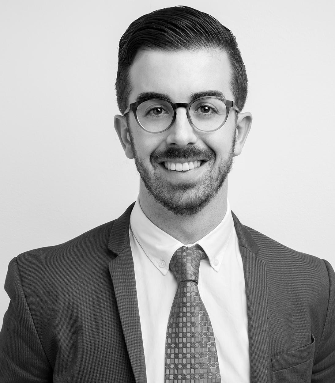 Consultores de comunicación corporativa y empresarial: Álvaro Ramos.