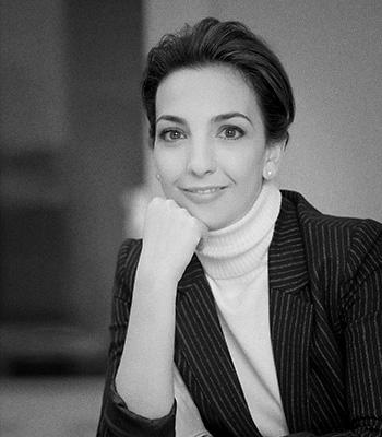 Consultores de comunicación corporativa y empresarial: Lucía Casanueva.