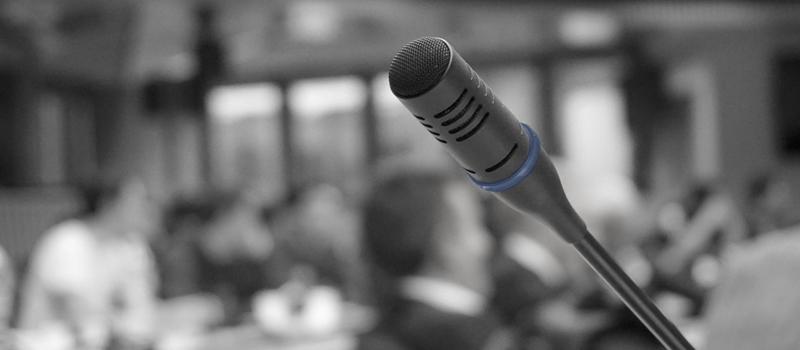 Formación en comunicación para empresas y profesionales: Formación de Portavoces.