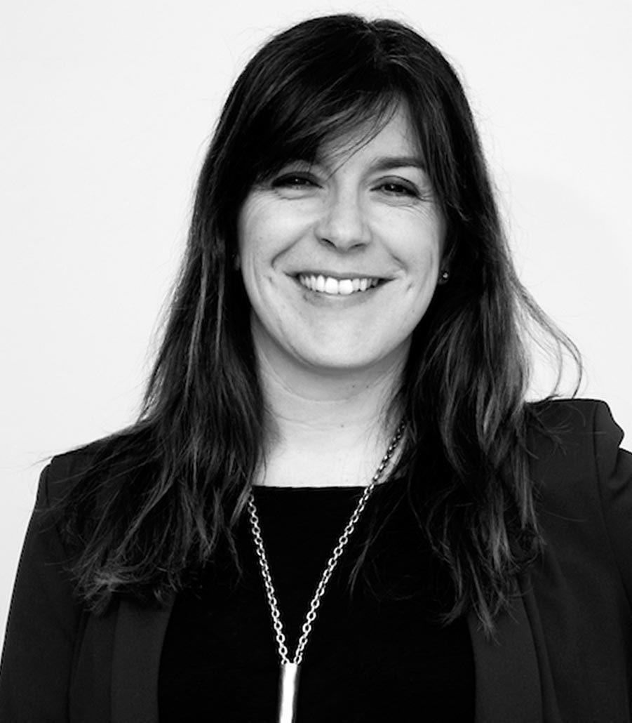 Consultores de comunicación corporativa y empresarial: Arantxa Reinares.