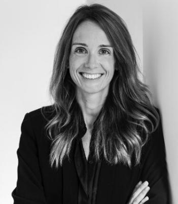 Consultores de comunicación corporativa y empresarial: Cristina Marcén.